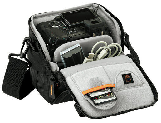Сумка для фотоаппарата Lowepro Apex 110AW Black.